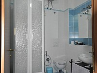 Bagno interno camera.jpg